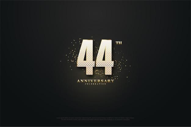 金の形をした数字で44周年