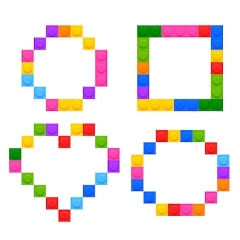 プラスチック製のおもちゃのブロックで作られた4つの幾何学的形状
