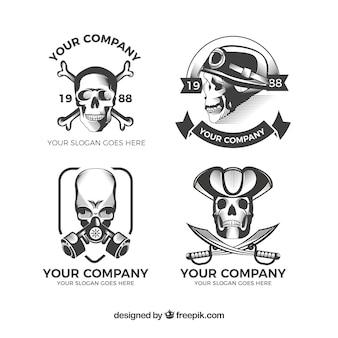 4つの頭蓋骨のロゴのパック