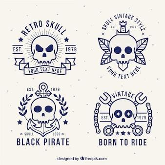 4つのヴィンテージスカルのロゴのコレクション