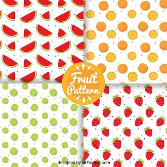 手描きの果物と4つのパターンのパック