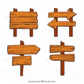 4つの木製看板のセット