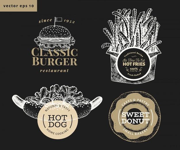 4つの屋台の食べ物のロゴのテンプレートのセットです。チョークボードに描かれたベクターファーストフードのイラストを手します。ホットドッグ、ハンバーガー、フライドポテト、ドーナツレトロなラベル