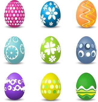Raccolta di nove uova di pasqua colorate brillantemente