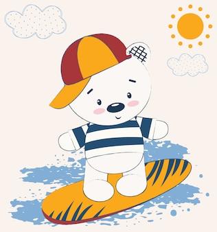 Милый плюшевый мишка на доске для серфинга