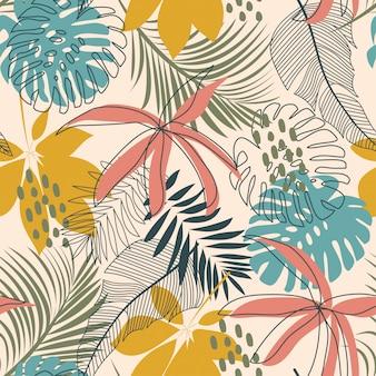 Яркий абстрактный бесшовный узор с разноцветными тропическими листьями и растениями на нежном