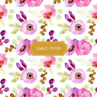 紫ピンクの花の水彩シームレスパターン