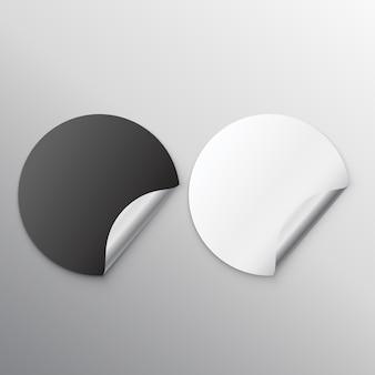 Черно-белые пустые наклейки с завитком
