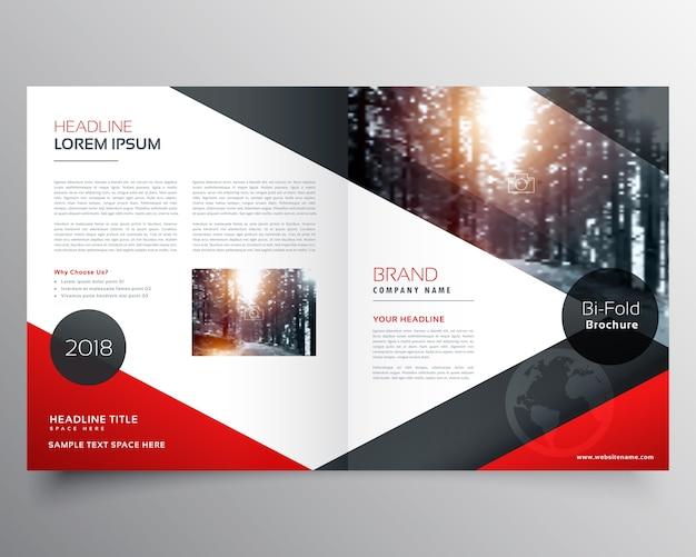 創造的な赤と黒の二つ折りのパンフレットまたは雑誌の表紙ページのテンプレート