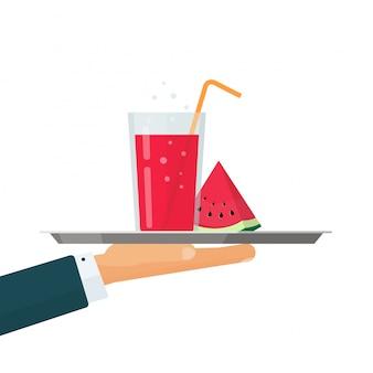 冷たいレモネード飲料またはスイカスライスイラストフラット漫画デザインのウェイタートレイにカクテルドリンクグラス