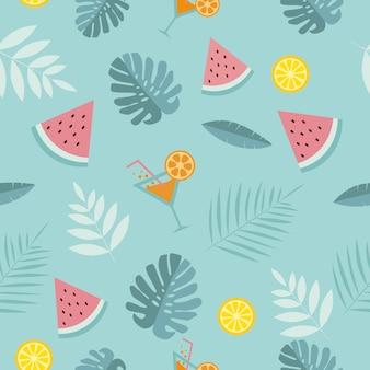 シームレスな熱帯の夏の背景。スイカ、カクテル、熱帯の葉、青い背景にレモン。