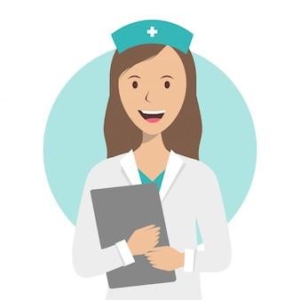 看護師は医療記録を保持し、白い背景に笑顔