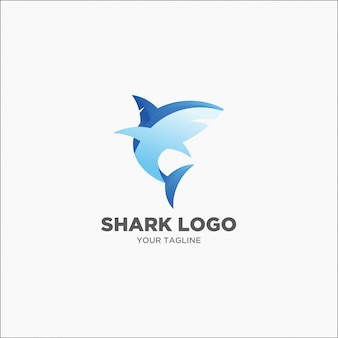 モダンなサメの青とグレーのロゴ
