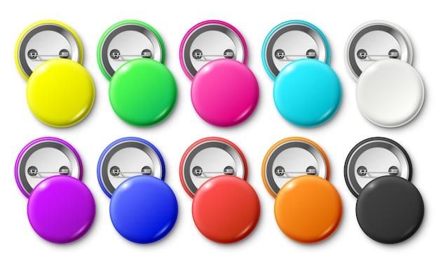 Круглый значок кнопки, круглая прикрепленная эмблема значков, металлические кнопки для закрепления и красочная этикетка с булавкой реалистичный изолированный макет