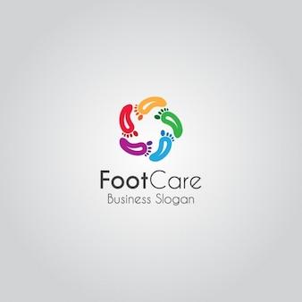 カラフルな足のロゴ