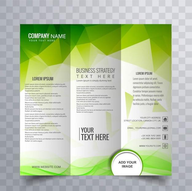 緑の多角形のデザインによる抽象パンフレット