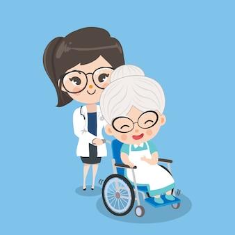 女性医師はより良い症状によって車椅子を持つ老婦人患者の世話をしています。