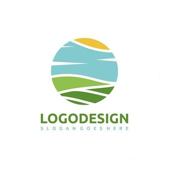 サークル内の風景とロゴ