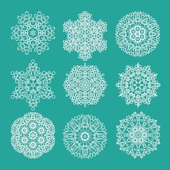 Геометрический цветок мехенди мандала