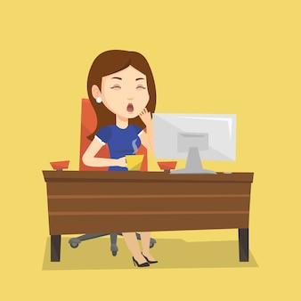 オフィスで働いて疲れている従業員。
