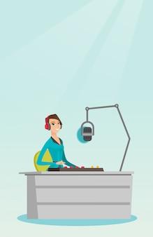 Женский ди-джей работает на радио векторная иллюстрация