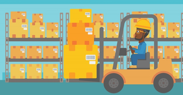 倉庫作業員がフォークリフトで荷を移動します。
