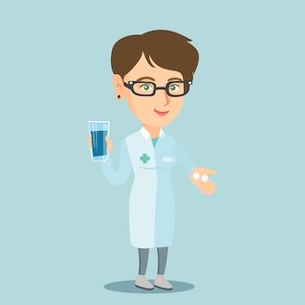薬と水のガラスを与える薬剤師。