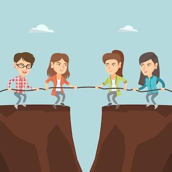 Две группы деловых людей тянут веревку.