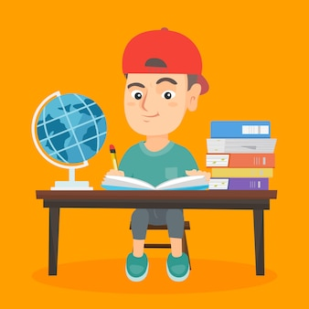 机に座って、ノートに書く少年。