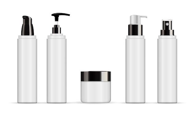 白で隔離される現実的な化粧品の白いチューブのセット