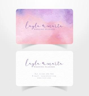 混合赤紫スプラッシュ水彩テンプレート付きの名刺