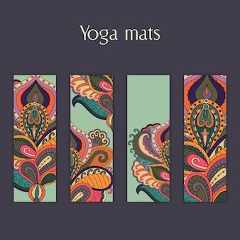 Набор йоги, пилатес, медитационные маты с индийским рисованным растительным орнаментом.