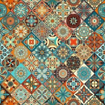エスニック花曼荼羅シームレスなパターンの背景。