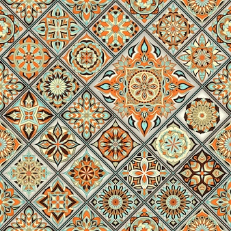 Декоративная цветочная бесшовная структура, бесконечный образец со старинными элементами мандалы.