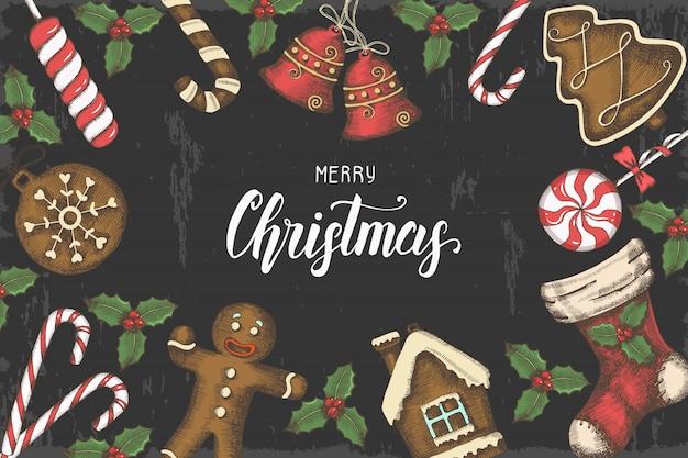 手描きのヒイラギの葉、鐘、ジンジャーブレッド、クリスマス靴下とお祝いクリスマスの背景
