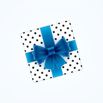 Подарочная коробка с синим бантом