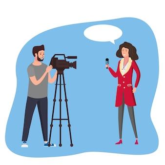 Репортер женщины журналиста представляя беседу новостей в реальном маштабе времени с операторами оператора человека используя видеокамеру на концепции делать кино треноги. векторная иллюстрация в плоском мультяшном стиле
