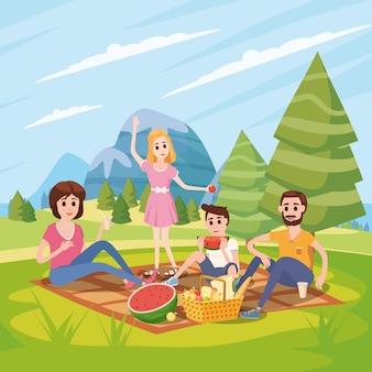 Счастливая семья на пикник, парк, открытый. папа, мама, сын и дочь отдыхают и едят на природе, в лесу.