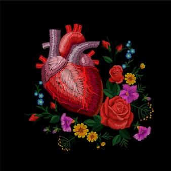 刺繍クルーエル人間の解剖学的心臓医学器官花バラ