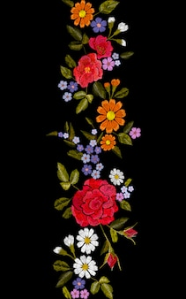花の赤いバラブルーバイオレットデイジー刺繍シームレスな境界線