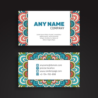 名刺。ヴィンテージ装飾要素。装飾的な花の名刺や招待状と曼荼羅