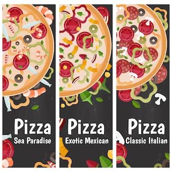 黒板にさまざまな味フラットデザインのテーマピザの垂直バナーのセットです。