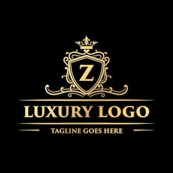 Декоративный золотой роскошный винтажный вензель с цветочным декоративным логотипом и короной