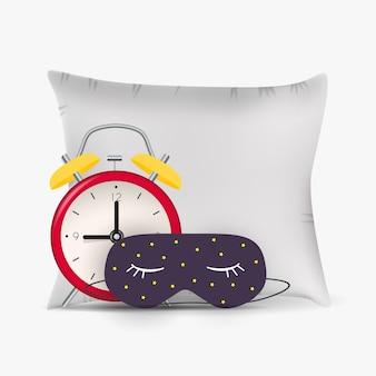 おかしい睡眠マスク、目覚まし時計、枕とおやすみ抽象的な背景。