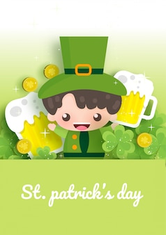 Счастливый день святого патрика и открытка с зелеными и золотыми четырьмя и лист дерева в стиле вырезать из бумаги.
