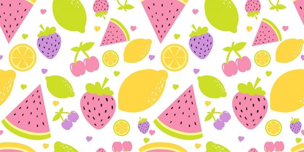 Симпатичные фрукты арбуз и клубника бесшовный фон