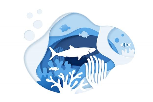 サメのダイビング。スキューバダイビング。紙アートサンゴ礁のコンセプトです。