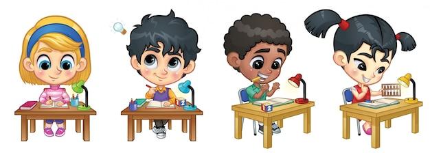 テーブルで勉強している子供たちのセット