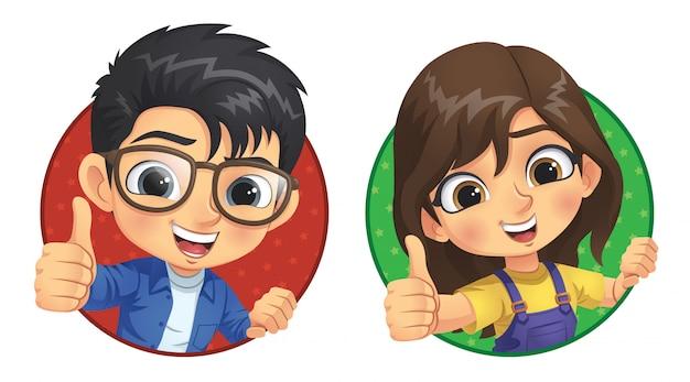 Маленький мальчик и маленькая девочка показывают большой палец вверх