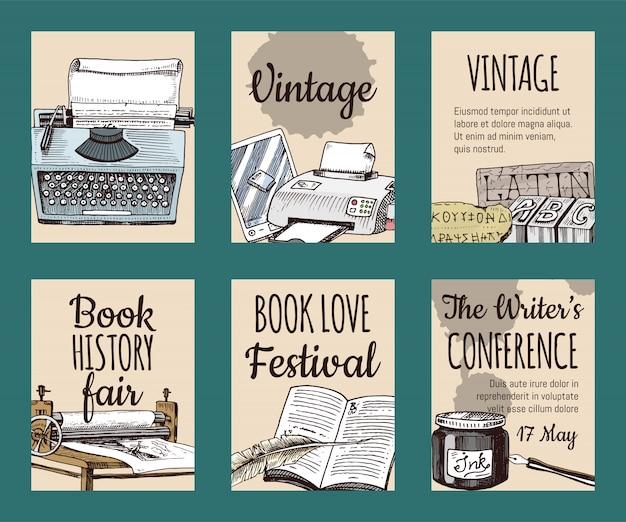 カードやバナーのイラストのインク羽ペンとインク壺セットの古い本。ヴィンテージまたはアンティークの書き込み文房具と開いた本原稿。作家の会議。